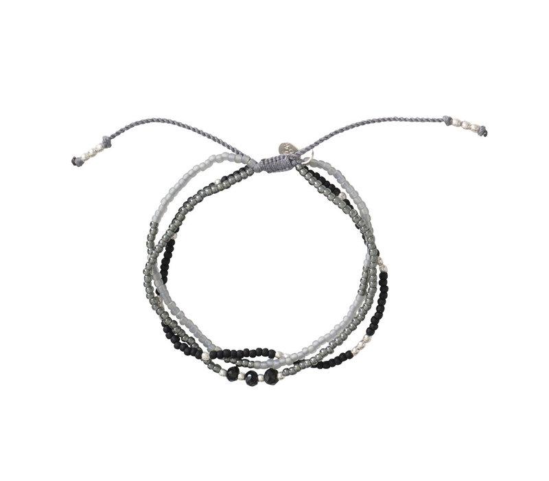 A Beautiful Story Gentle Silver Bracelet - Black Onyx