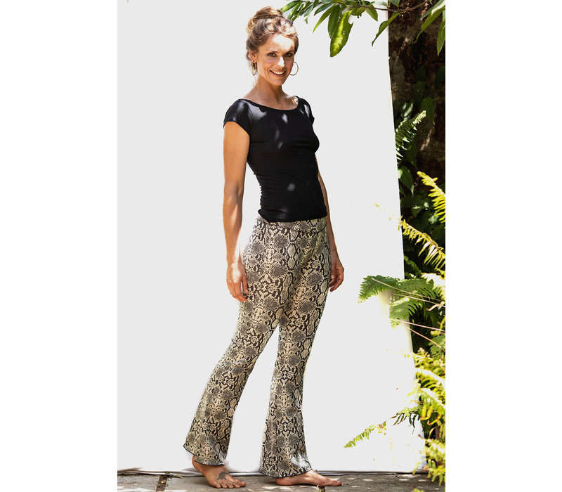 Funky Simplicity Flared Legging - Snake Cream Brown