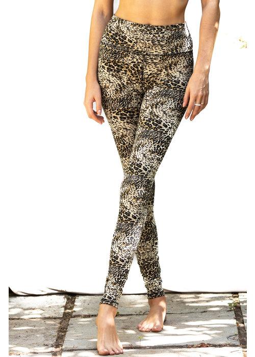 Funky Simplicity Funky Simplicity High Waist Legging - Cream Leopard