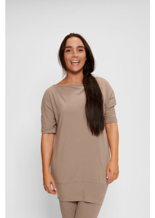 Urban Goddess Urban Goddess Bhav Yoga Tunic - Earth