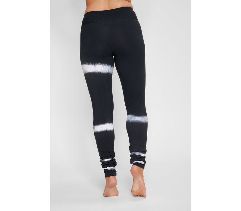 Urban Goddess Bhaktified Shunya Yoga Legging - Urban Black/White