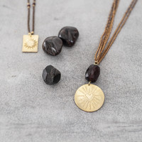 A Beautiful Story Cheerful Goldene Halskette - Granat