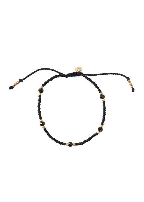 A Beautiful Story A Beautiful Story Friendly Gouden Armband - Zwarte Onyx