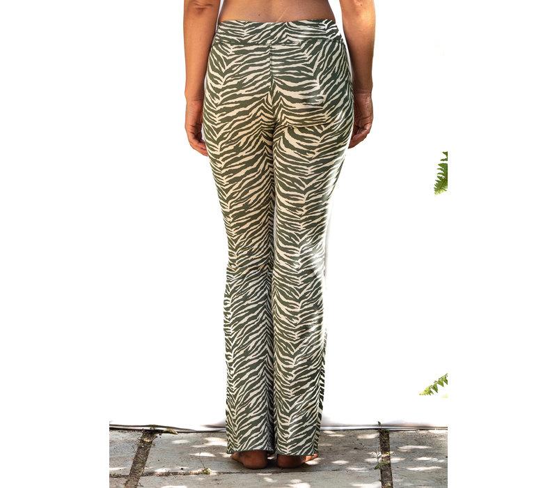 Funky Simplicity Flared Legging - Cream Olive Zebra
