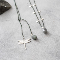 A Beautiful Story Charming Silver Necklace - Labradorite