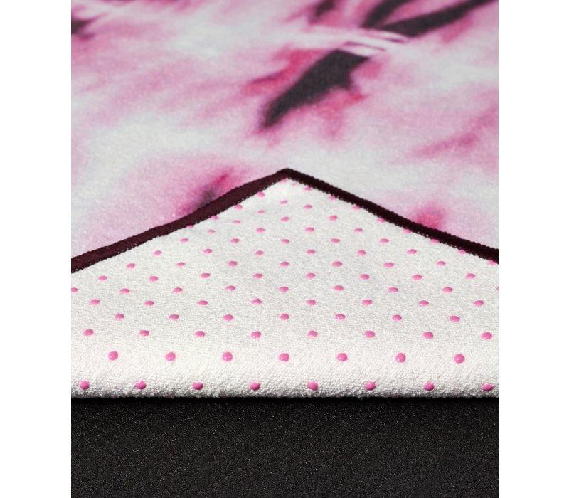 Yogitoes Yoga Handdoek 172cm 61cm - Tie Dye Fuchsia