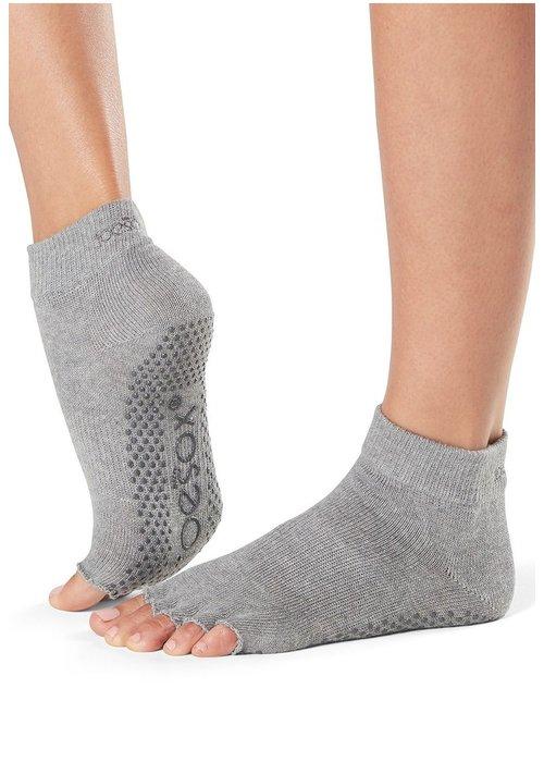 Toesox Toesox Yoga Halbzehsocken Knöchellang - Grau