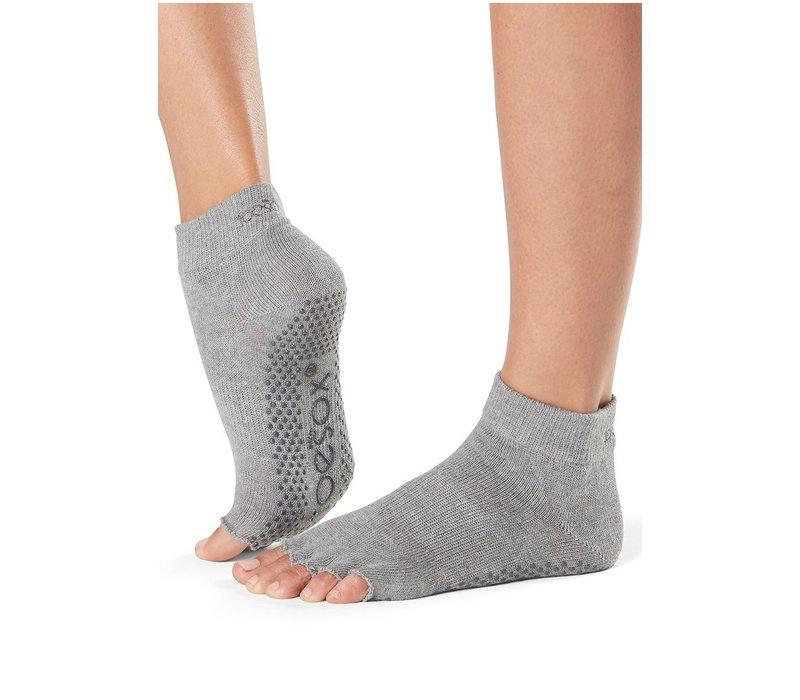 Toesox Yoga Halbzehsocken Knöchellang - Grau