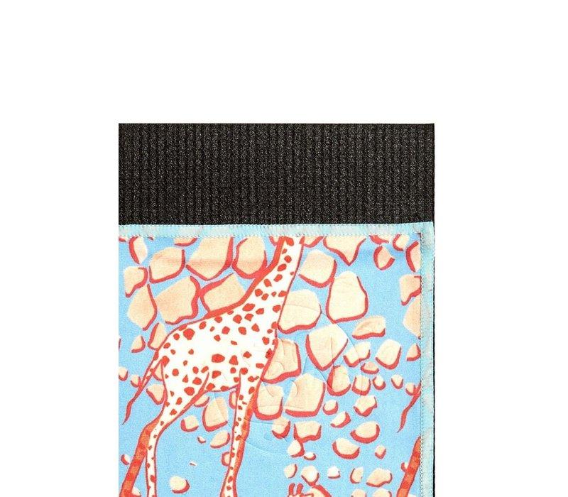 Manduka eQua Handdoek 182cm 67cm - Giraffes Blue Hand Dye