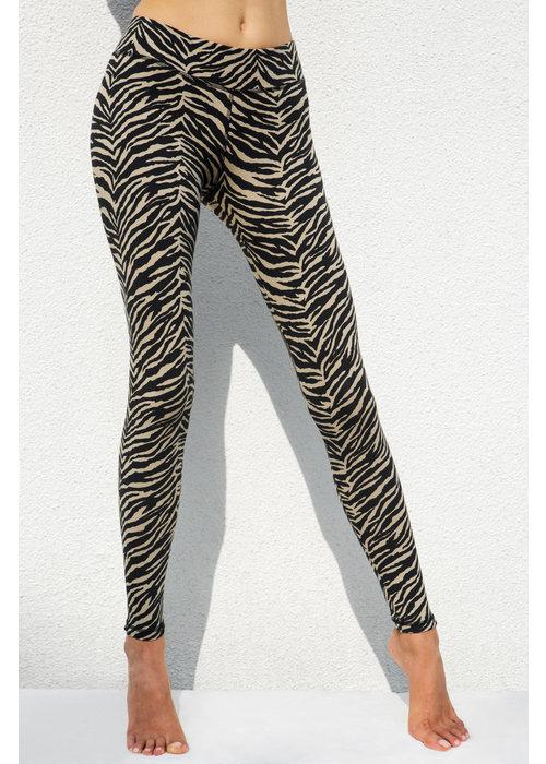 Funky Simplicity Funky Simplicity High Waist Legging - Cream Black Zebra