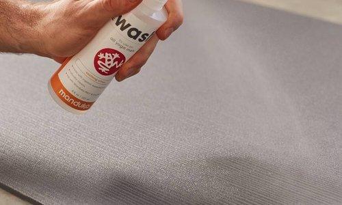 Wie Du Deine Yogamatte richtig reinigst