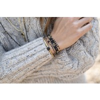 A Beautiful Story Iris Goldenes Armband - Schwarzer Onyx