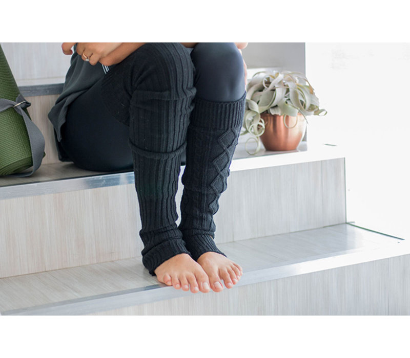 Toesox Leg Warmer Knee High - Black