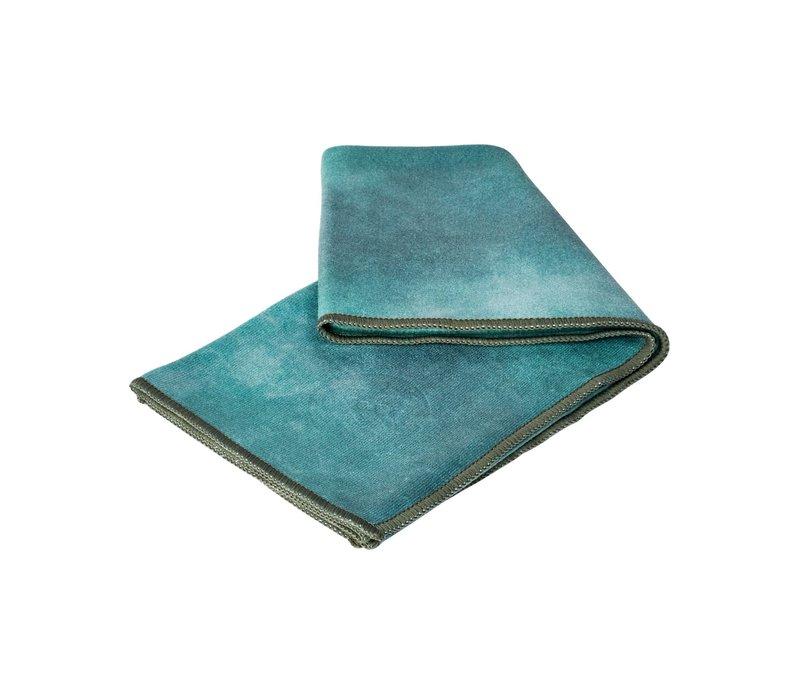 Manduka eQua Hand Towel 40cm 67cm - Camo Tie Dye Greens