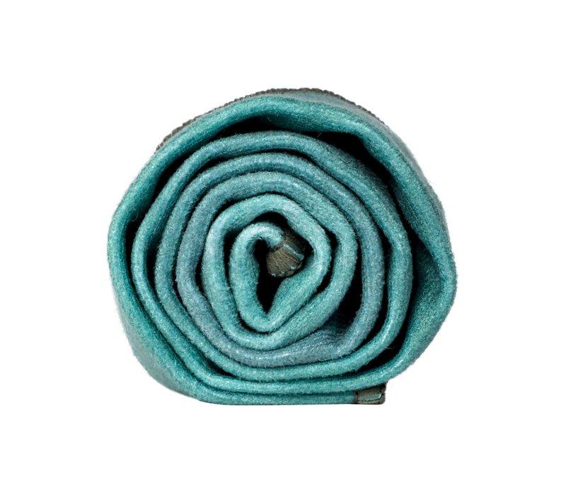 Manduka eQua Handdoek 40cm 67cm - Camo Tie Dye Greens