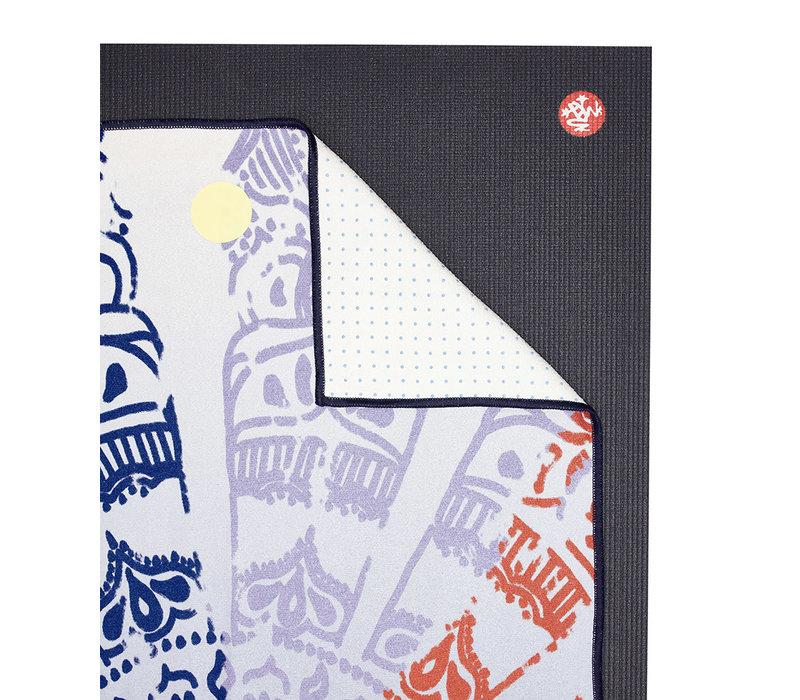 Yogitoes Yoga Towel 172cm 61cm - Chakra Blue