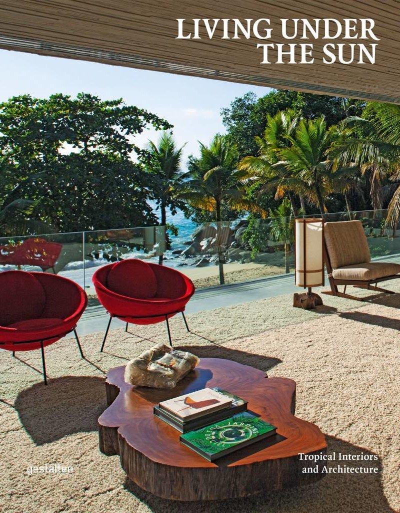 Boeken - Living under the Sun