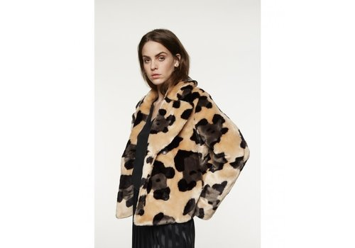 ALIX The Label Alix animal faux fur short coat