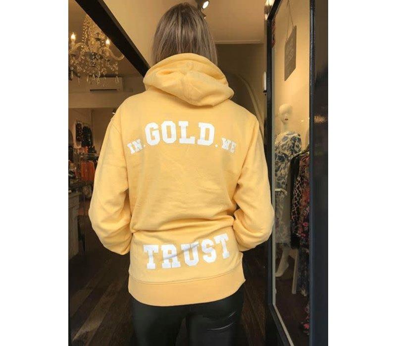 In Gold We trust The Raekwon hood