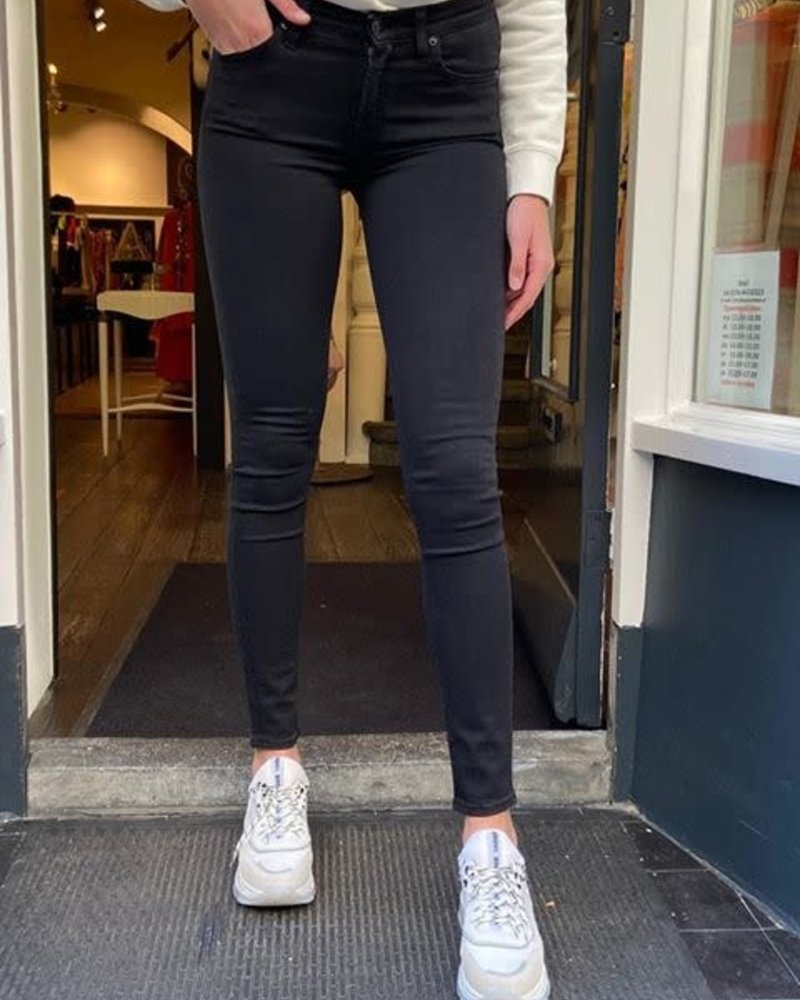 7 for all mankind Seven The skinny JSWT930CXH