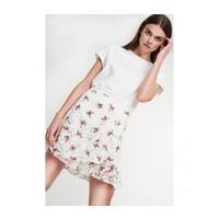 Alix Ladies woven rasberry lace skirt
