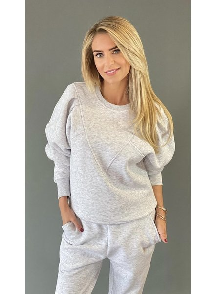 Est seven vetements sweater