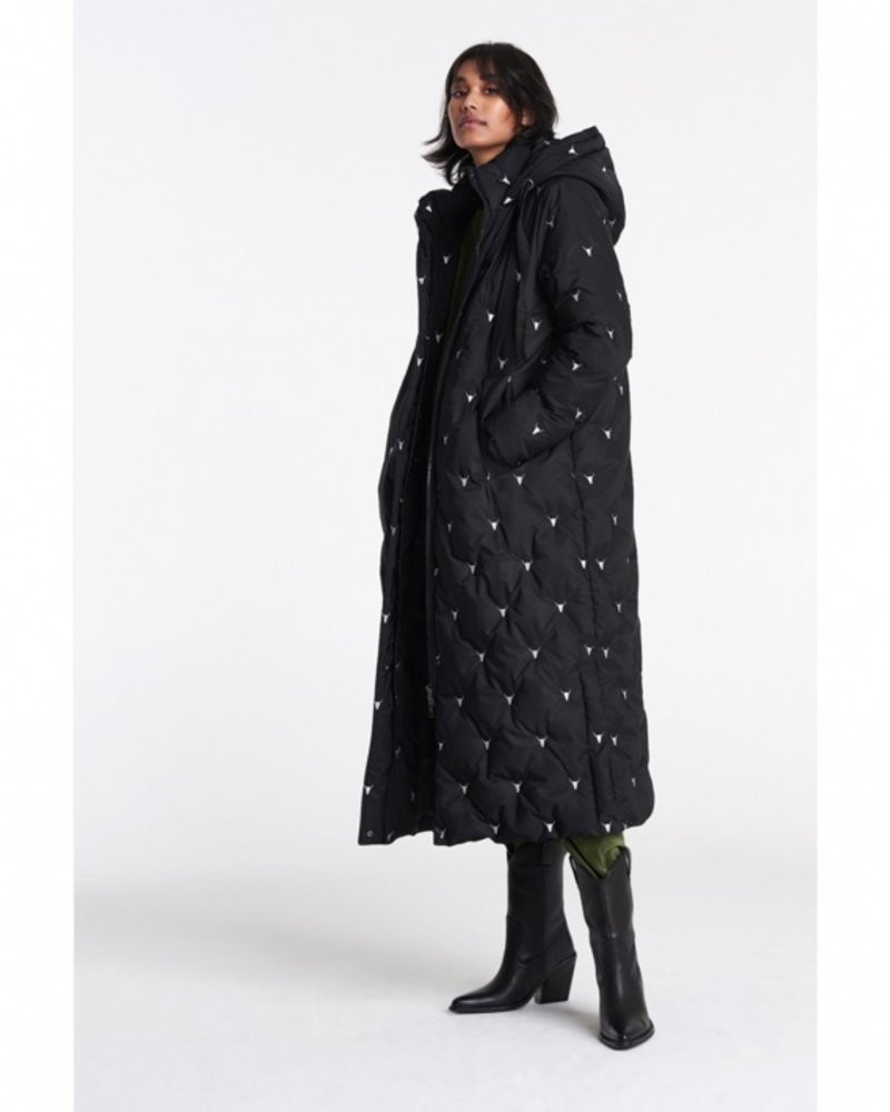 ALIX The Label Alix Embroidered Bull puffer coat