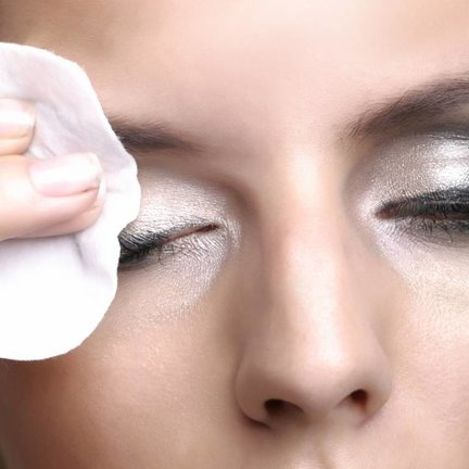 Oogmake-up remover