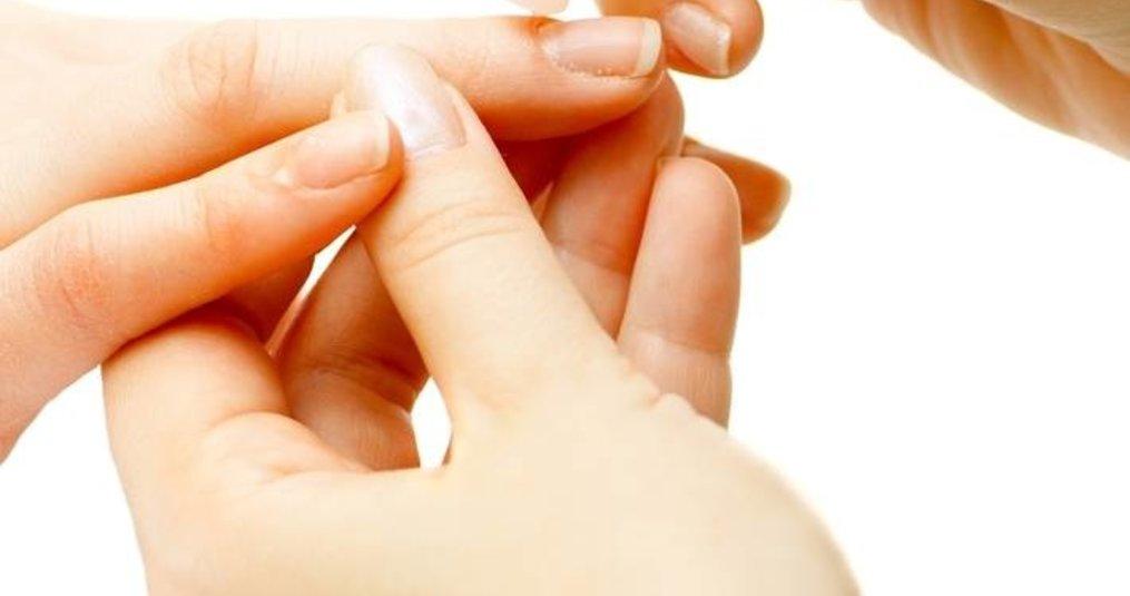 Droge nagelriemen