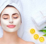 Hoe breng je een gezichtsmasker aan?