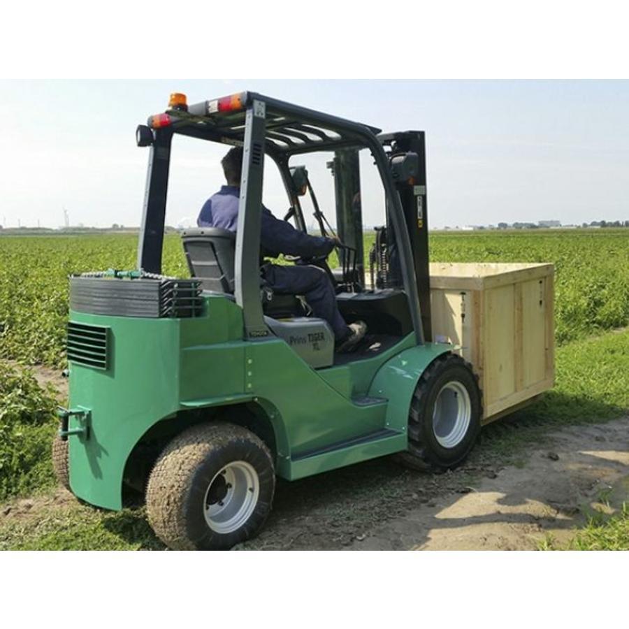 Semi-Ruw Terrein Heftruck huren 1.5 ton