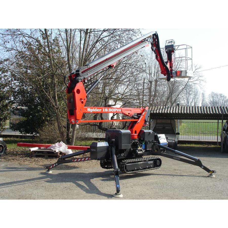 Spinhoogwerker 18 meter huren