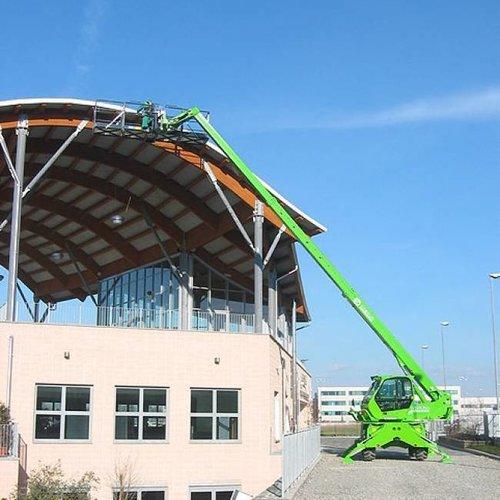 Roterende verreiker 3.8 ton en 16 meter bereik