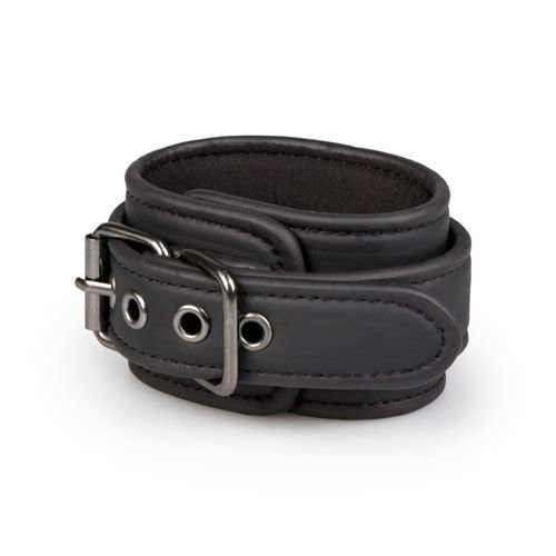 EasyToys Black handcuffs for bondage