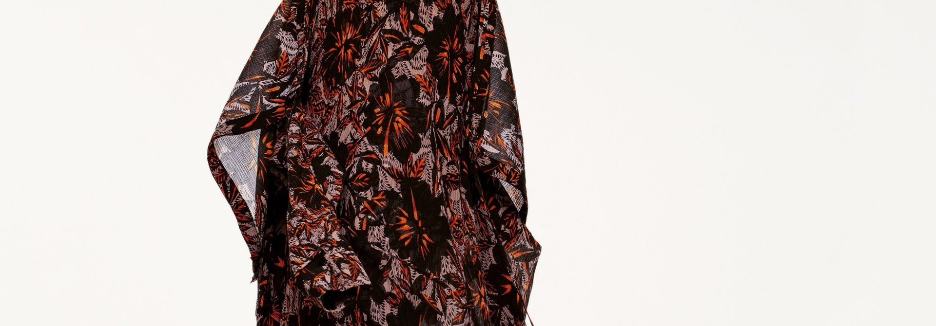 Exotic flowering dress