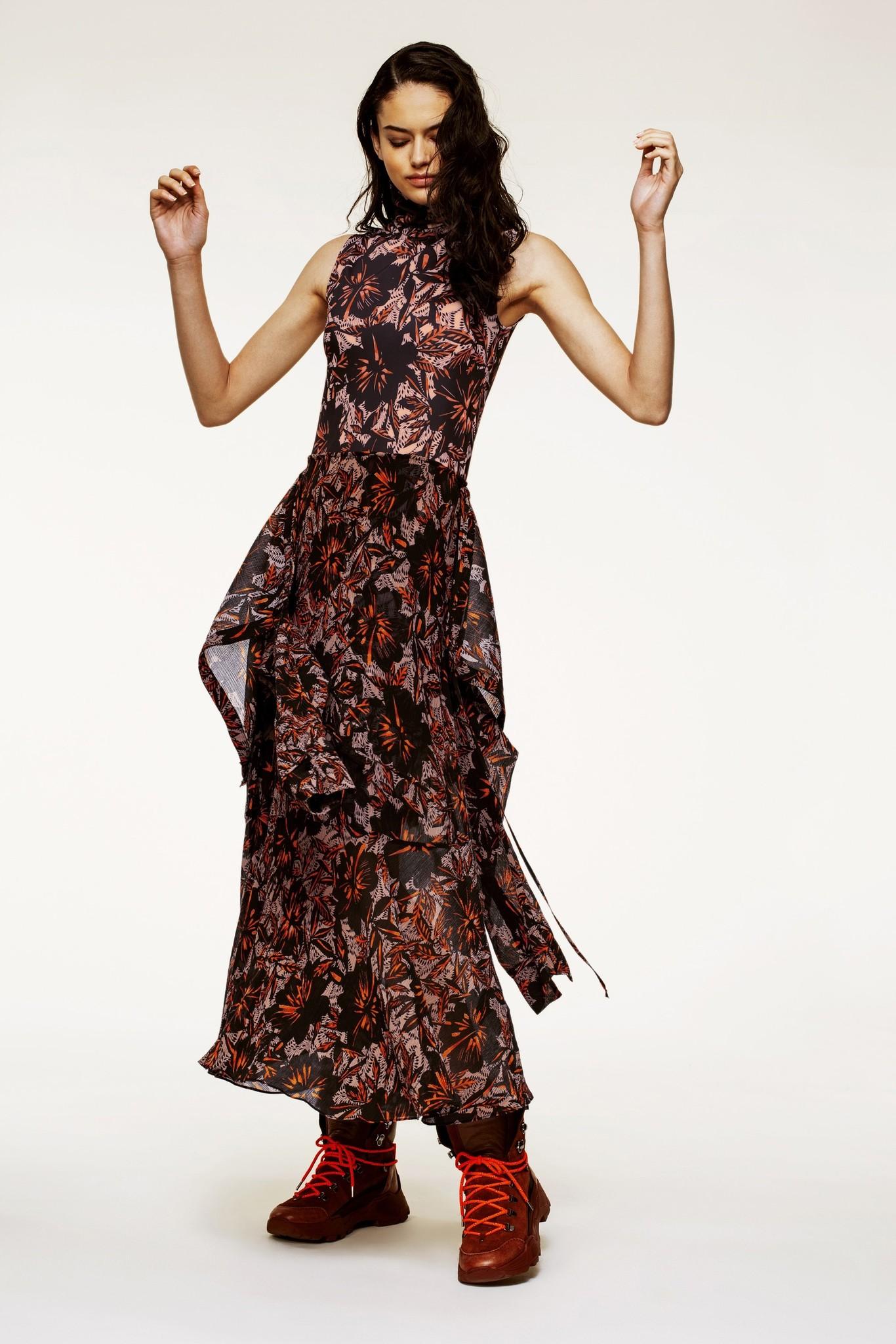 Exotic flowering dress-1