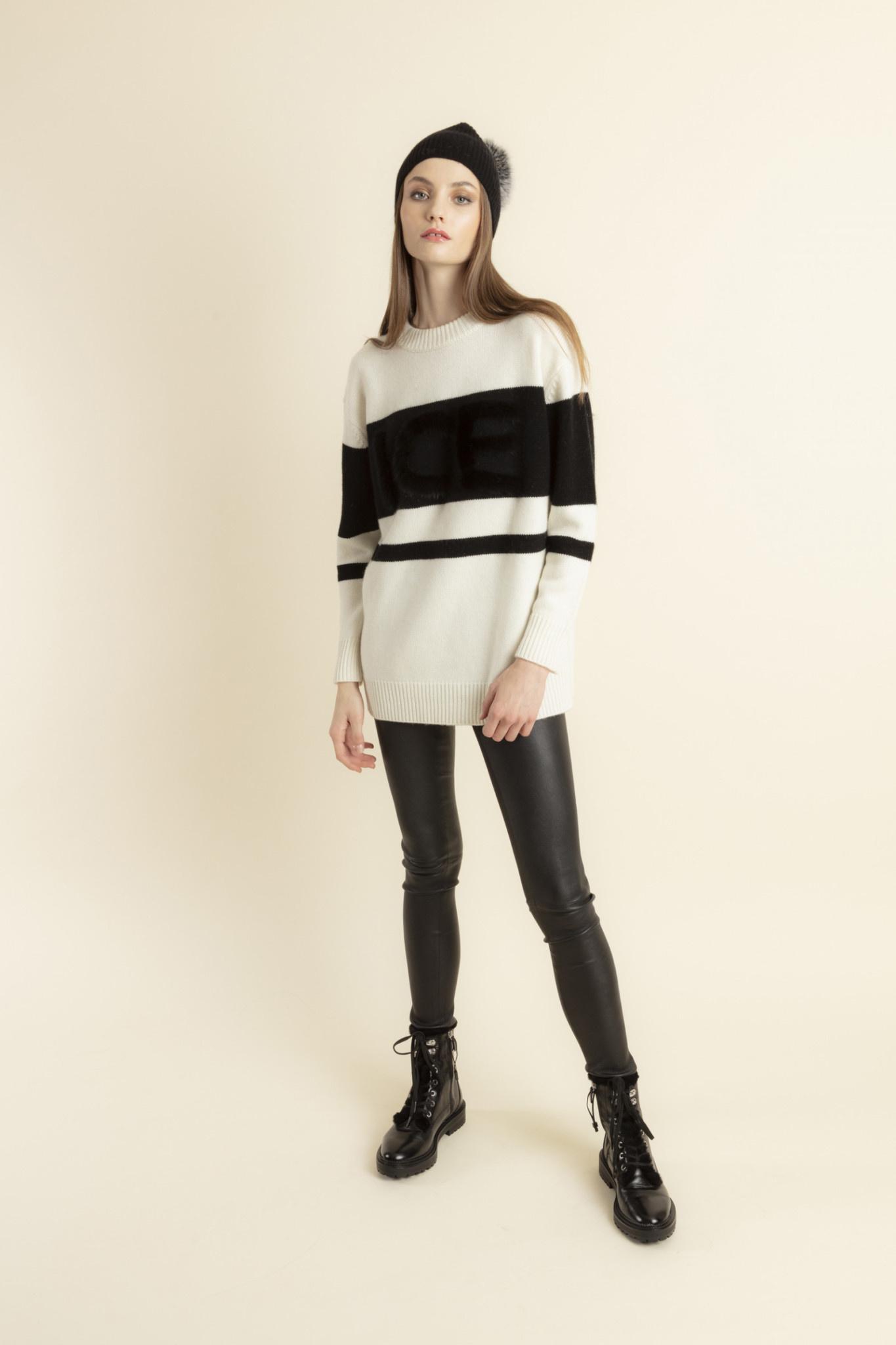 Proust sweater Max et MOi-2