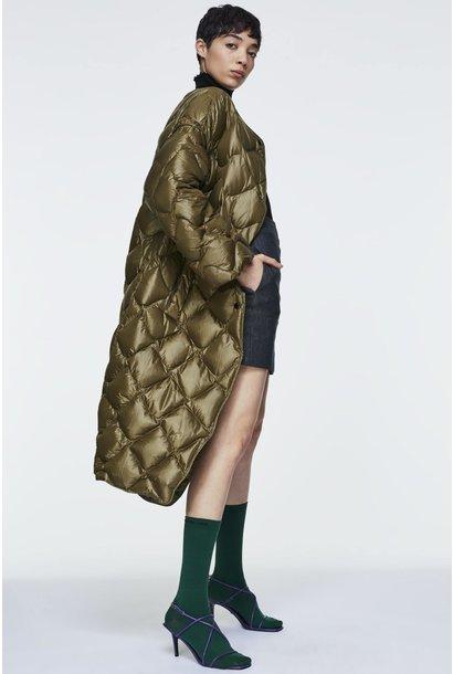 High tech volumes coat Dorothee Schumacher