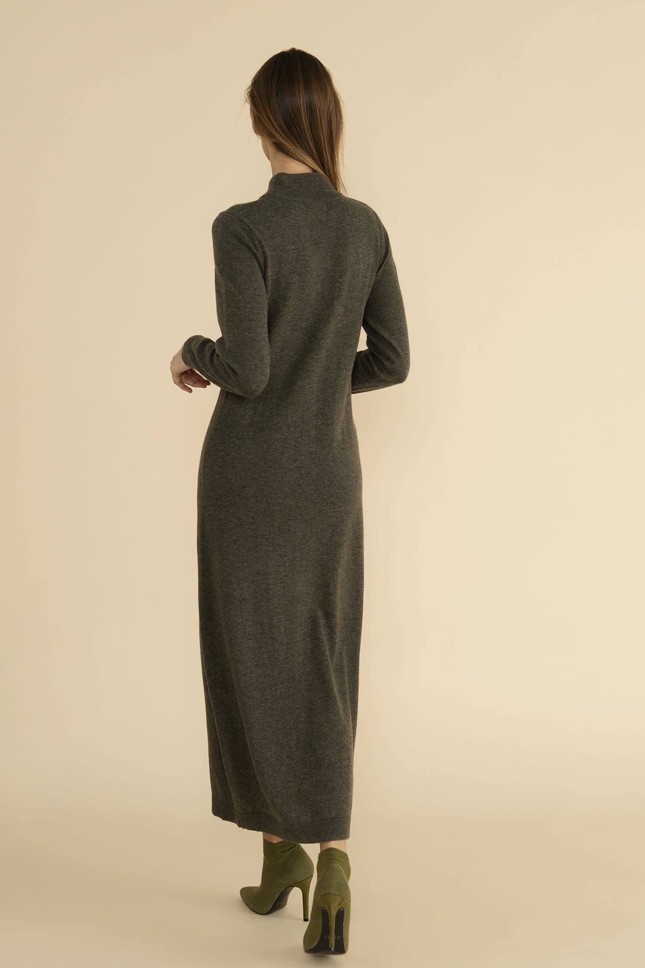 Iris dress Oscar-2