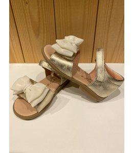CLARYS | Sandaaltjes met velco & strik - Goud