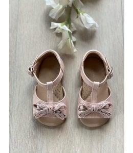ELI BY CUCADA    Sandaaltje met strikje - Roze