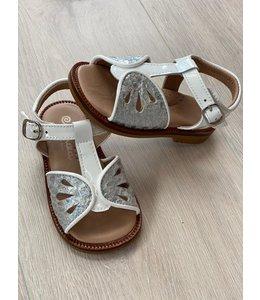 ELI BY CUCADA    Vlinder sandaal  - Wit & Zilver