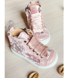 ELI BY CUCADA  | Sneaker met strik - Roze