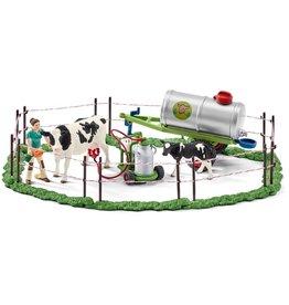 Schleich Schleich Farm World 41428 Koeienfamilie op de Weide