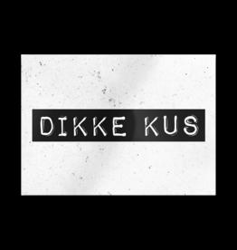 Paper Dreams Black & White Ansichtkaart - Dikke Kus