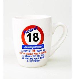 Verkeersbord mok 18 jaar