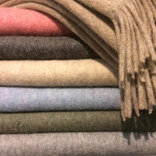 Alpaca wollen plaids in 8 kleuren | Het Landhuys