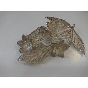 Zilveren filigrain bloemen broche