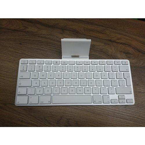 Apple Apple iPad Keyboard Dock - iPad 1/2/3