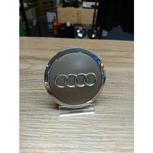 Audi Naafdoppen set van 4 stuks grijs met chroom - 69mm